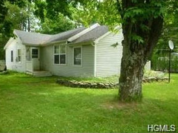 2 bed 1 bath Single Family at 83 Highview Ter Bloomingburg, NY, 12721 is for sale at 100k - 1 of 12