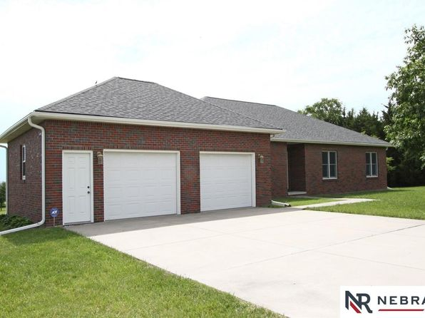 3 bed 3 bath Single Family at 7000 SW 49th St Denton, NE, 68339 is for sale at 405k - 1 of 34