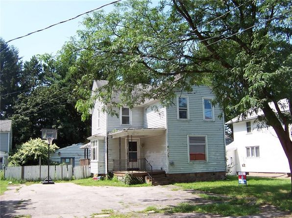 3 bed 1 bath Single Family at 16 West St Albion, NY, 14411 is for sale at 20k - 1 of 4