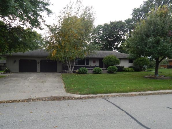 3 bed 3 bath Single Family at 113 Fairway Dr Clear Lake, IA, 50428 is for sale at 295k - 1 of 24