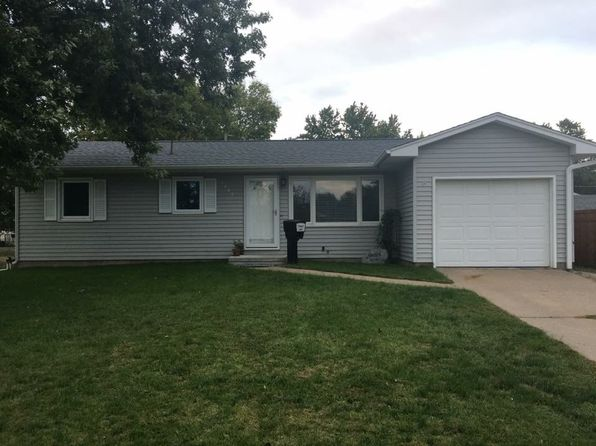 3 bed 1 bath Single Family at 1448 Lawrence Ave Camanche, IA, 52730 is for sale at 151k - 1 of 15