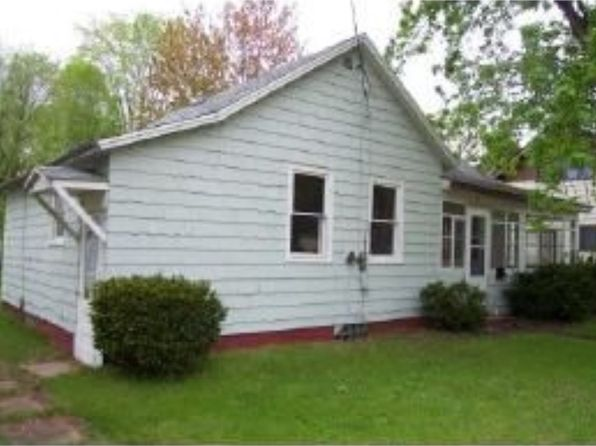 1 bed 1 bath Single Family at 170 Auto St Clintonville, WI, 54929 is for sale at 40k - 1 of 2