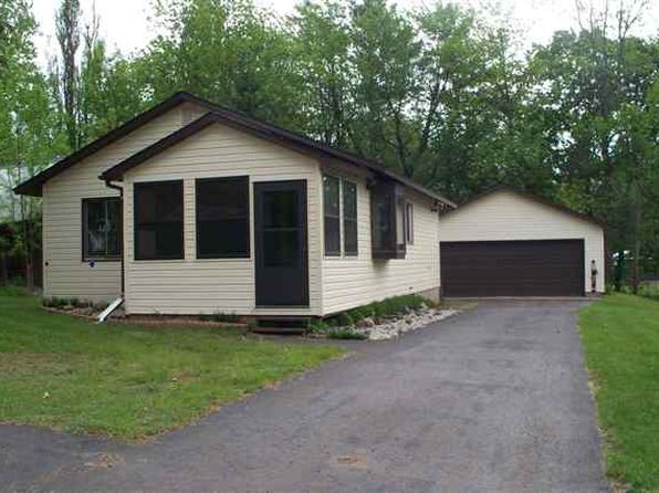 2 bed 1 bath Single Family at 103 Elm St Bergland, MI, 49910 is for sale at 68k - 1 of 9