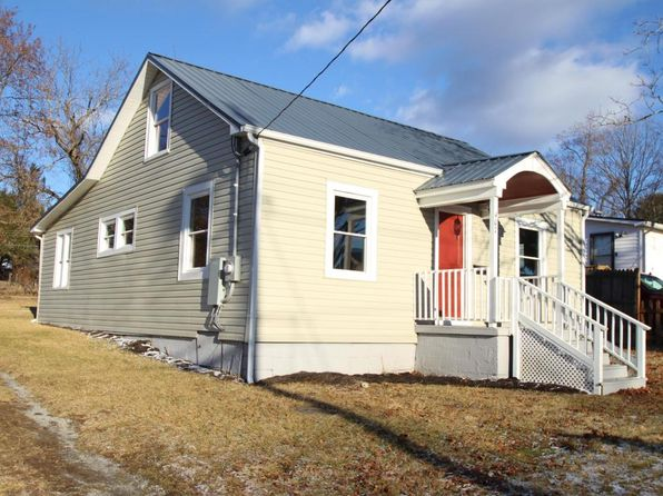4 bed 2 bath Single Family at 407 Baker St Lewisburg, WV, 24901 is for sale at 129k - 1 of 39