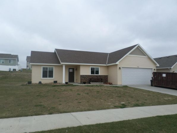 3 bed 2 bath Single Family at 314 26th Ave NE Watford City, ND, 58854 is for sale at 249k - 1 of 11