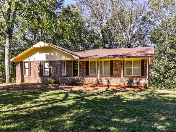 6 bed 3 bath Single Family at 530 Mountain View Dr Pulaski, TN, 38478 is for sale at 225k - 1 of 30