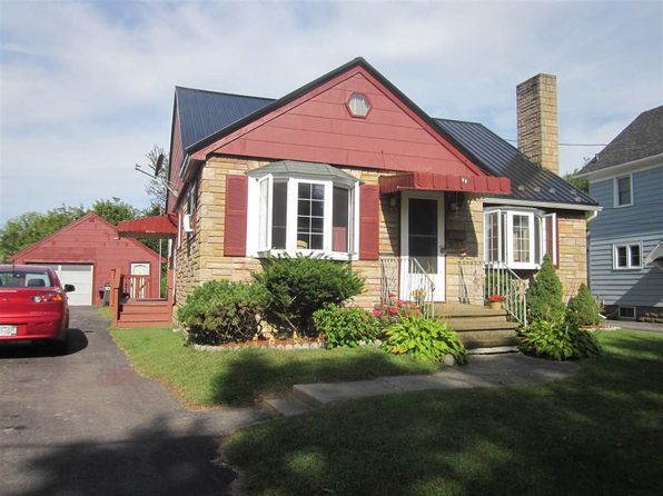 2 bed 1 bath Single Family at 35 Park Ave Massena, NY, 13662 is for sale at 62k - 1 of 10