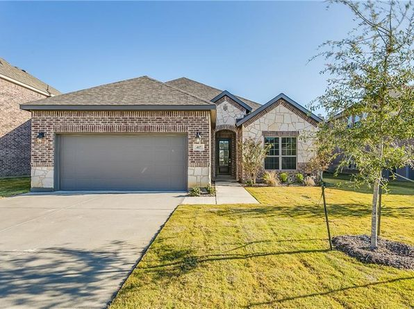 4 bed 3 bath Single Family at 417 Linda St Crowley, TX, 76036 is for sale at 290k - 1 of 26