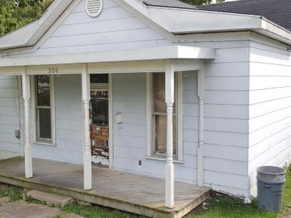 2 bed 1 bath Single Family at 306 E 7th St Brookville, IN, 47012 is for sale at 53k - 1 of 5