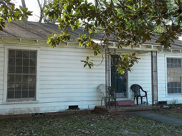 2 bed 2 bath Single Family at 110 S Reid St Woodville, TX, 75979 is for sale at 41k - 1 of 11