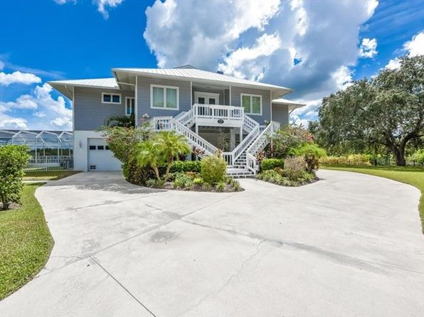 4 bed 3 bath Single Family at 13064 Via Flavia Placida, FL, 33946 is for sale at 1.05m - 1 of 23