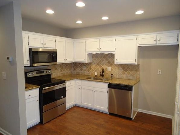 3 bed 3 bath Condo at 1011 Murfreesboro Rd Franklin, TN, 37064 is for sale at 240k - 1 of 8