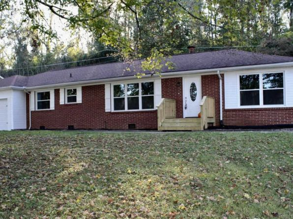 4 bed 2.5 bath Single Family at 1301 Dogwood Dr Kingston, TN, 37763 is for sale at 225k - 1 of 23