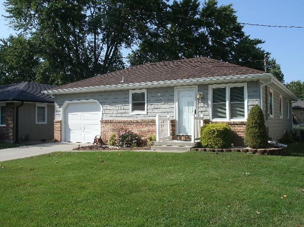 3 bed 2 bath Single Family at 659 W Charles St Marshall, MO, 65340 is for sale at 108k - google static map
