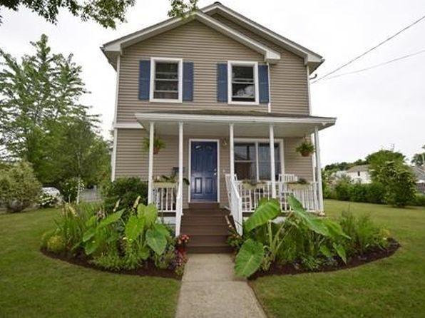 3 bed 2 bath Single Family at 89 Hyde Ave Springfield, MA, 01107 is for sale at 139k - 1 of 26