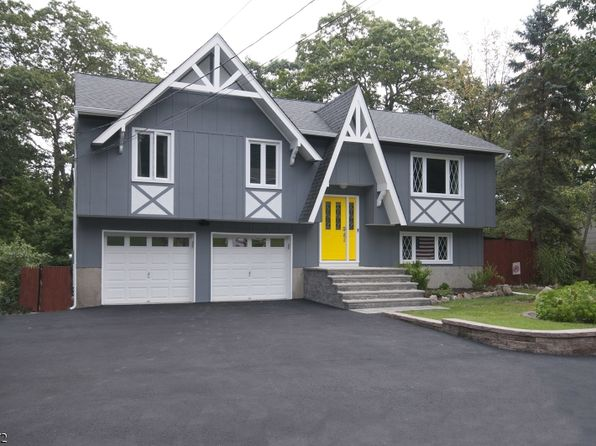 3 bed 3 bath Single Family at 7 Marshall Trl Hopatcong, NJ, 07843 is for sale at 299k - 1 of 20