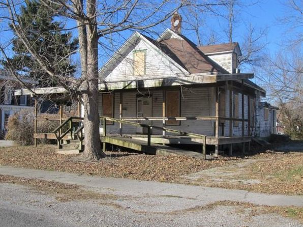 3 bed 1 bath Single Family at 410 E 2nd South St Carlinville, IL, 62626 is for sale at 8k - 1 of 6