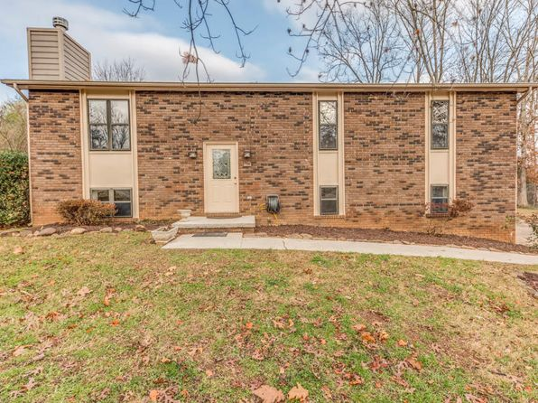 4 bed 3 bath Single Family at 1211 E Woodshire Dr Knoxville, TN, 37922 is for sale at 180k - 1 of 26