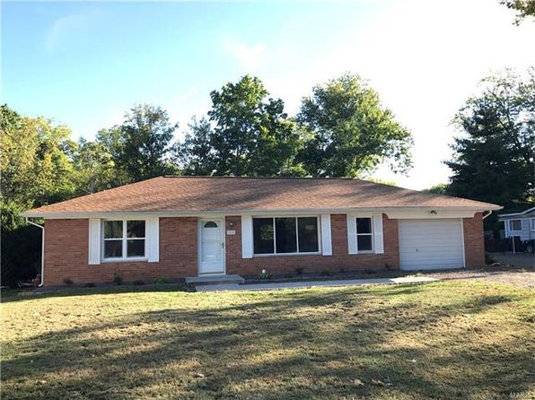 3 bed 1 bath Single Family at 9914 North Rd Fairview Heights, IL, 62208 is for sale at 85k - 1 of 8