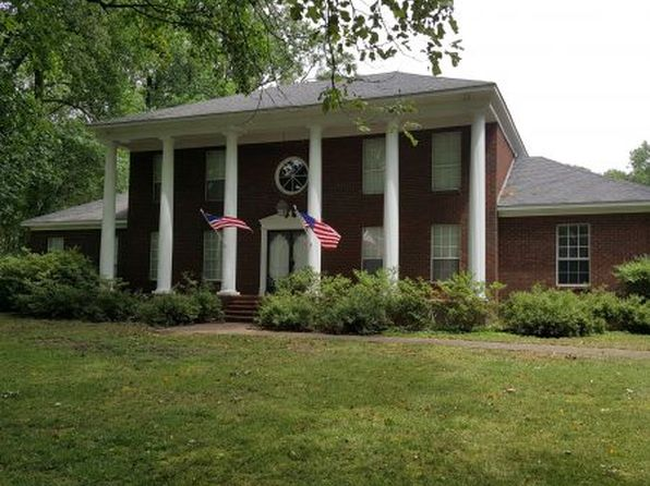 5 bed 3 bath Single Family at 6052 Twin Oaks Dr Millington, TN, 38053 is for sale at 396k - 1 of 23