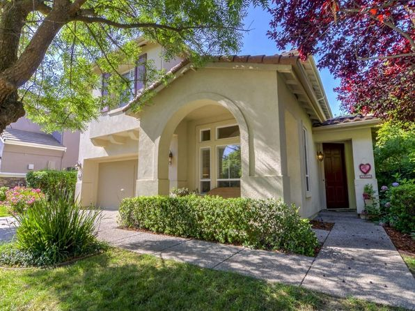 3 bed 3 bath Single Family at 1753 Dunkeld Ln Folsom, CA, 95630 is for sale at 520k - 1 of 26