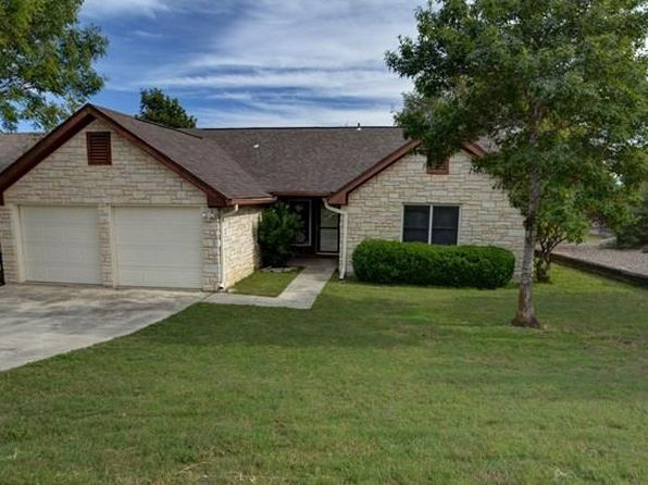 3 bed 2 bath Single Family at 611 Oak Hollow Dr Kerrville, TX, 78028 is for sale at 224k - 1 of 17
