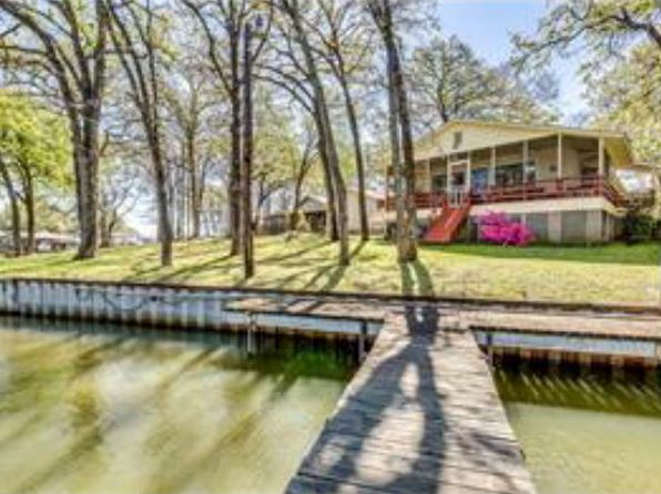 2 bed 2 bath Single Family at 2008 Island Cir Tool, TX, 75143 is for sale at 224k - 1 of 16