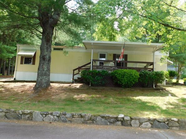 1 bed 1 bath Mobile / Manufactured at 41 Center Park Ln Hendersonville, NC, 28792 is for sale at 17k - 1 of 16