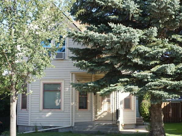 2 bed 1 bath Multi Family at 608 N Wisconsin St Port Washington, WI, 53074 is for sale at 165k - 1 of 4
