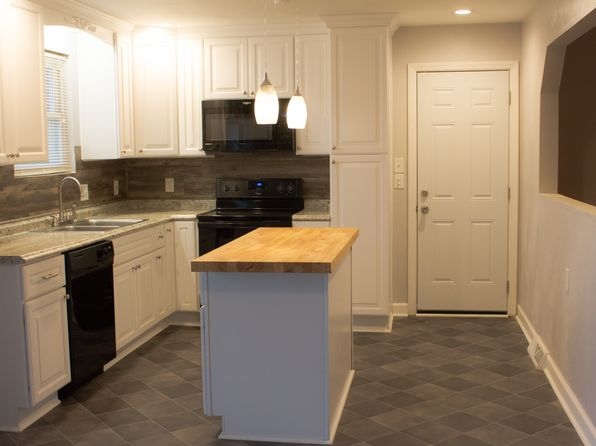 3 bed 2 bath Single Family at 2804 Lambert Trl Chesapeake, VA, 23323 is for sale at 189k - 1 of 9