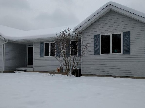 2 bed 2 bath Single Family at 2438 135th Ave Hopkins, MI, 49328 is for sale at 157k - 1 of 3