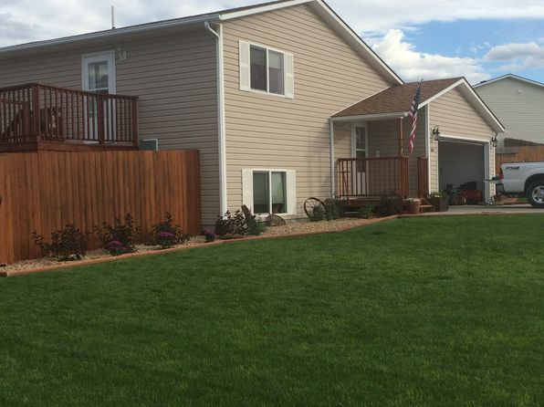 3 bed 2 bath Single Family at 1263 Northfork Dr Douglas, WY, 82633 is for sale at 216k - 1 of 33