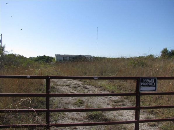 null bed null bath Vacant Land at 2800 Lakeview Carls Corner, TX, 76670 is for sale at 125k - 1 of 11