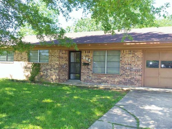 3 bed 2 bath Single Family at 206 S East St New Boston, TX, 75570 is for sale at 70k - 1 of 14