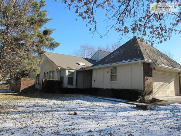 2 bed 3 bath Townhouse at 12851 Cambridge Ter Leawood, KS, 66209 is for sale at 225k - 1 of 16