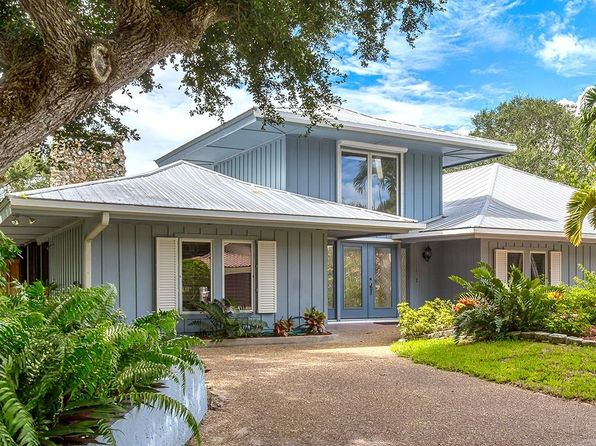 4 bed 3 bath Single Family at 1115 Pegasus Pl Vero Beach, FL, 32963 is for sale at 689k - 1 of 36