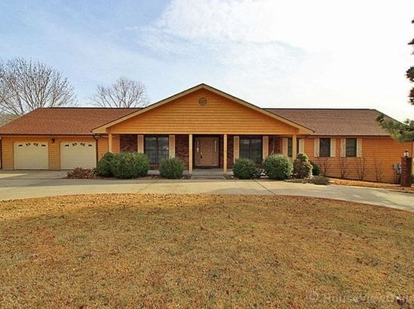 4 bed 4 bath Single Family at 271 N LAKE DR CAPE GIRARDEAU, MO, 63701 is for sale at 325k - 1 of 15