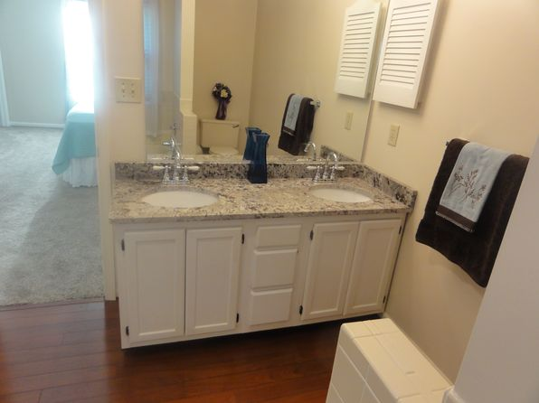 4 bed 3 bath Single Family at 5552 Del Park Ave Virginia Beach, VA, 23455 is for sale at 335k - 1 of 32