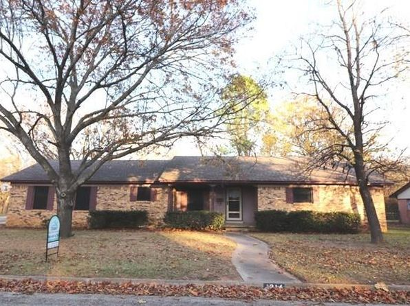 3 bed 2 bath Single Family at 1914 LAUREL RD GAINESVILLE, TX, 76240 is for sale at 143k - 1 of 12