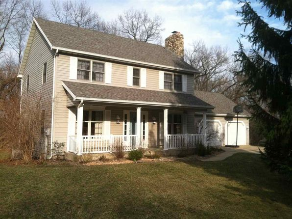 4 bed 3 bath Single Family at 1111 Harrison St Walkerton, IN, 46574 is for sale at 268k - 1 of 25