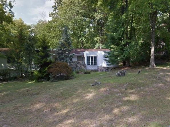 4 bed 3 bath Single Family at 20 Rolling Way New City, NY, 10956 is for sale at 530k - 1 of 12