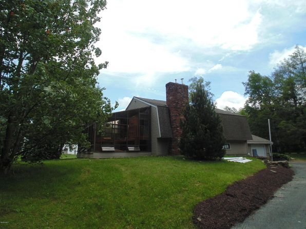 3 bed 2 bath Single Family at 520 Skyline Trl Chester, MA, 01011 is for sale at 229k - 1 of 22
