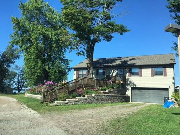 3 bed 2 bath Single Family at 889 US Highway 45 Pelican Lake, WI, 54463 is for sale at 530k - 1 of 28
