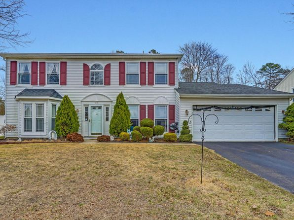 4 bed 3 bath Single Family at 41 Sami Dr Howell, NJ, 07731 is for sale at 410k - 1 of 29