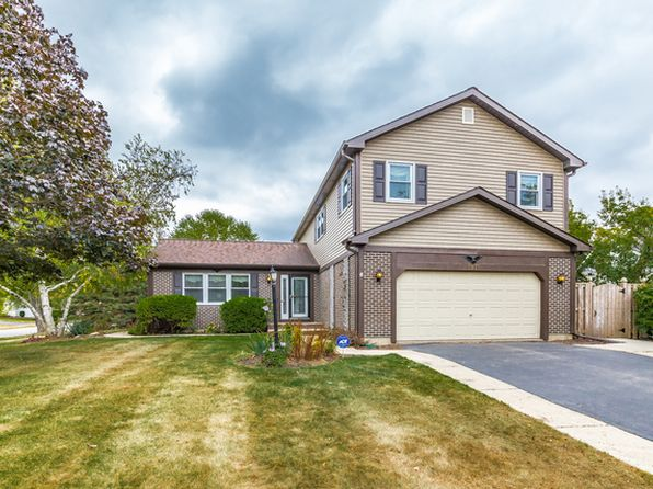 4 bed 3 bath Single Family at 1971 Tanglewood Dr Algonquin, IL, 60102 is for sale at 259k - 1 of 26