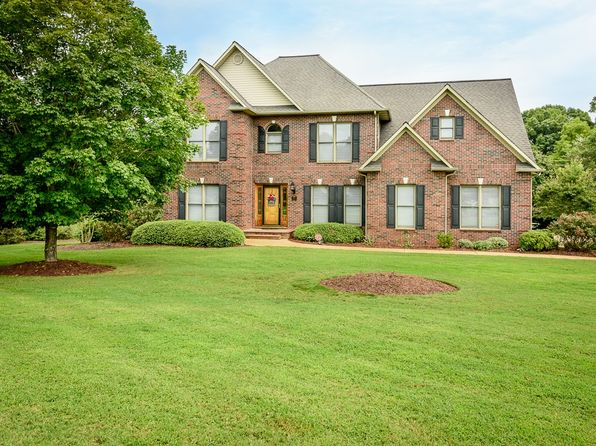 3 bed 3 bath Single Family at 2815 Palmer Dr NE Conover, NC, 28613 is for sale at 350k - 1 of 24