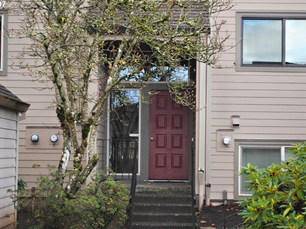1 bed 1 bath Condo at 2410 SE Baypoint Dr Vancouver, WA, 98683 is for sale at 190k - 1 of 16