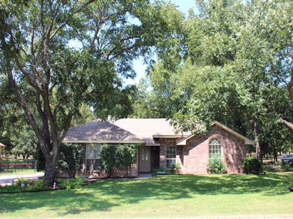 3 bed 2 bath Single Family at 10213 Ravenswood Rd Granbury, TX, 76049 is for sale at 178k - 1 of 18