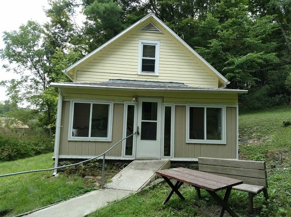 2 bed 2 bath Single Family at 1499 Jackson Corners Rd Milan, NY, 12571 is for sale at 75k - 1 of 11
