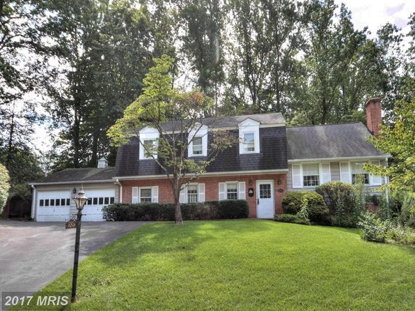 5 bed 3 bath Single Family at 8203 Excalibur Ct Annandale, VA, 22003 is for sale at 600k - 1 of 12